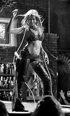 Jessica Alba näytteli Sin City -elokuvassa Nancy Callahania, Honeyta.