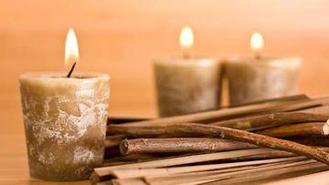 Polta parafiinipohjaisia kynttilöitä kohtuudella.