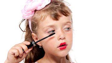 Kauneuskilpailuihin osallistuvat nykyään lapsetkin. (Kuvan tyttö ei liity juttuun.)