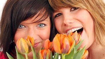 Kipaise kukkakaupan kautta kotiin siltä varalta, että miehesi on unohtanut ystävänpäivän.