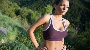 Keskivartalolihavuudesta kärsivän kannattaa harrastaa aerobista liikuntaa.