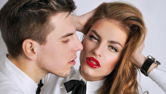 Opi paremmaksi suutelijaksi, saat parempaa seksiä