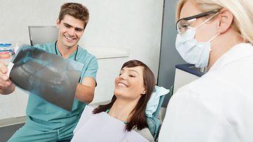 Kun luottamus hammaslääkäriin syntyy, on vastaanotolle helpompi mennä useammin.