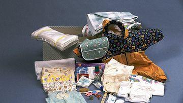 Äitiyspakkaus vuonna 1996.