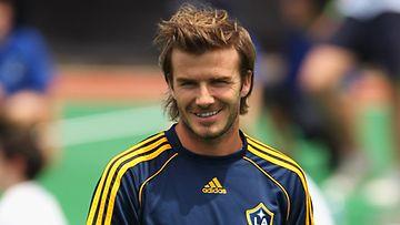 David Beckham purskahti itkuun vauvauutisen vuoksi.