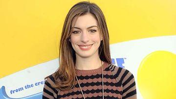 Anne Hathaway haluaisi jo äidiksi.