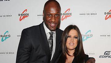 Lamar Odom yritti hillitä itsensä deittaillessaan Kardashianin trion nuorinta.