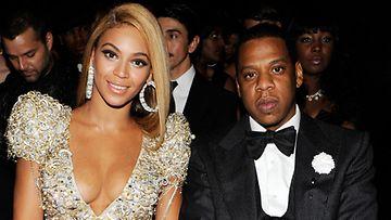 Jay-Z hemmotteli vaimoaan luksuslaukuilla.