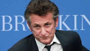 Sean Penn on Scarlett Johanssonin uusi ihastus.