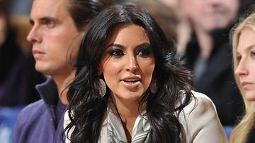 Kim Kardashian ei ymmärrä teiniäitibuumia.