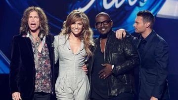 American Idol -sarjan tiimi: Steven Tyler, Jennifer Lopez, Randy Jackson sekä juontaja Ryan Seacrest.