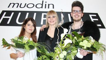 Muodin huipulle -finalistit Leni, Linda ja Jussi.