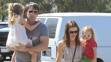Ben Affleck perheensä kanssa.