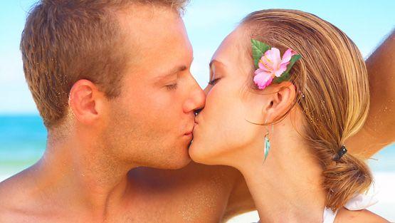 dating verkko sivuilla urheilu Laura Mary Carter Steven Ansell dating