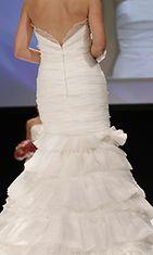Morsiuspukuliike Josefiina esitteli häämuotia häät.fi Fashion Show -näytöksessä 2010