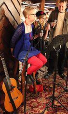 Anni Nykänen ja Milla Paloniemi Fingerpori Jazzissa 2/2012