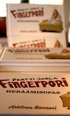 Pertti Jarlan Fingerpori-Heräämisopas. Kuva: C