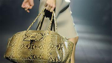 Merkintöjä muodista -blogi, Lanvinin laukku