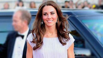 Cambridgen herttuatar Catherine esiintyi edukseen BAFTA-gaalassa.