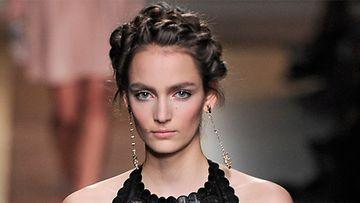 Valentinon näytös, Merkintöjä muodista -blogi