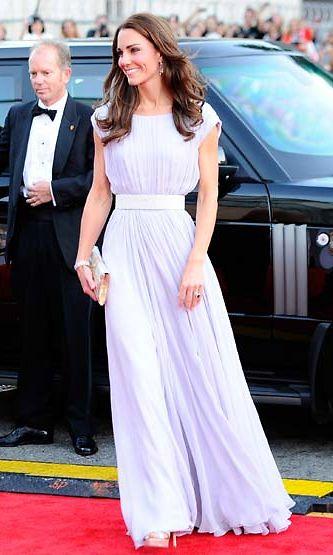 Cambridgen herttuatar Catherine BAFTA-gaalassa.