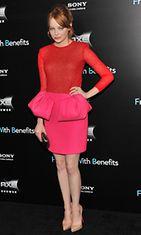 Emma Stone luotti pinkkiin – ja punaiseen – 'Friends with Benefits' -elokuvan jatkoilla.