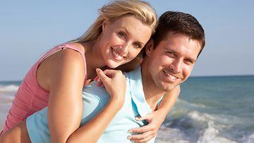 Probiootit pitävät vatsan kunnossa lomalla.