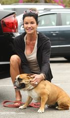 Janice Dickinson ja Lloyd-koira