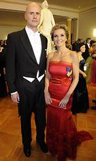 Tanja Karpela ja Janne Erjola Linnan juhlissa 2010