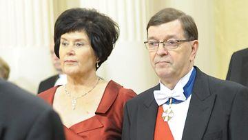 Paavo Väyrynen ja vaimo Vuokko