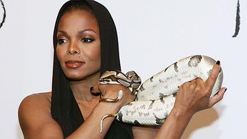 Käärme, Janet Jackson. (Kuva: Gettymages)