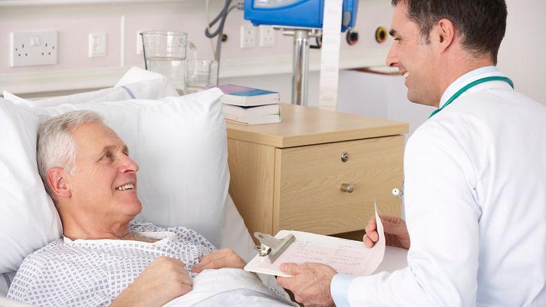 lääkäri, potilas, sairaala (1)