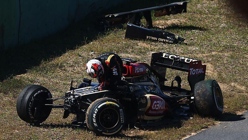 Kimi Räikkönen ajoi ulos Korean GP:n perjantain harjoituksissa.