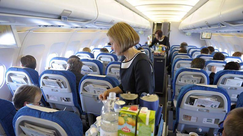 Finnairin alihankkijan ulosmarssista johtuen yhtiön lennoilla ei tarjoilla ruokaa.