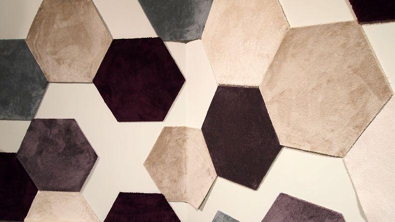 Raati kuvaili VM-Carpetin mattoja arjen luksukseksi.