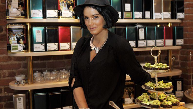 Sara La Fountain julkisti Healthy Kitchen -kirjansa julkistustilaisuudessa Helsingissä tiistaina 1. lokakuuta 2013
