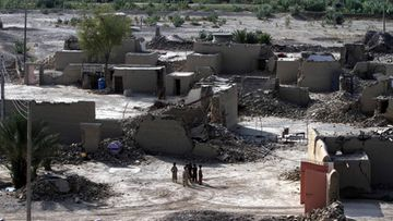 A general view of the houses destroyed by the 7.7 magnitude earthquake in Awaran, Balochistan province, Pakistan, 27 September 2013.