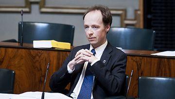 Perussuomalaisten kansanedustajan Jussi Halla-aho eduskunnassa 21. toukokuuta 2013.