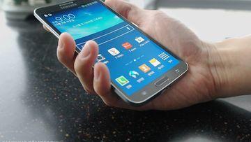 Samsung Galaxy Round -älypuhelin. Kuva: (Samsung Tomorrow)