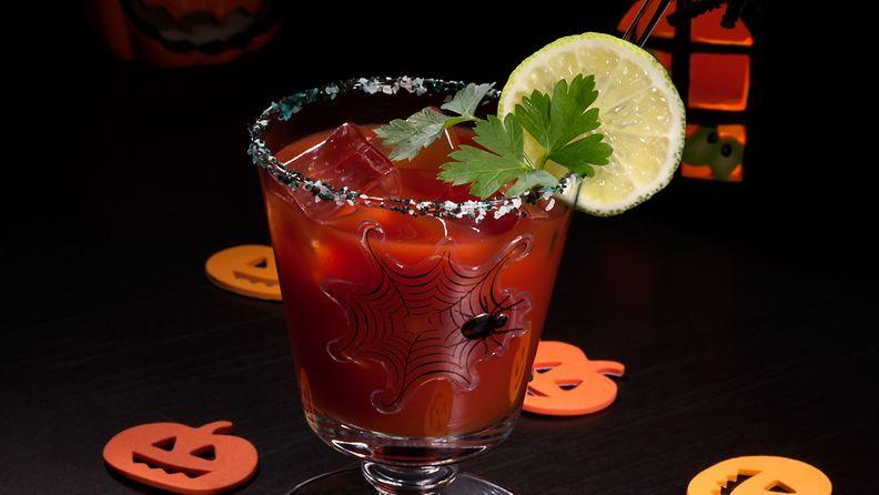 Bloody Marysta voi tehdä useita erilaisia versioita.