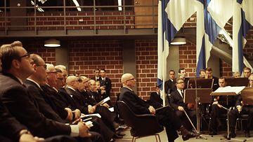 MTV Oy 50-vuotta  MTV:n toimitalon vihkiäiset 12.9.1967  tilaisuudessa presidentti Urho Kekkonen  kuva Kauko Kivi
