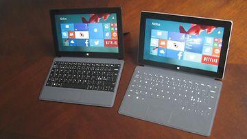 Surface Pro 2 (vasemmalla) ja Surface 2
