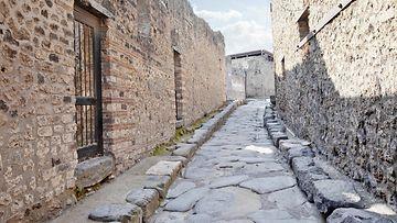 pompeii_colourbox.jpg