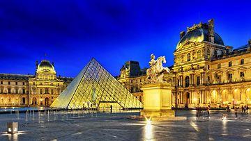 Louvre_Colourbox.jpg