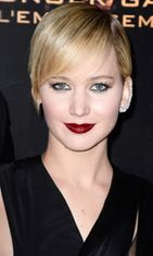 Jennifer Lawrence attends 'The Hunger Games: Catching Fire' Paris Premiere at Le Grand Rex on November 15, 2013 in Paris, France