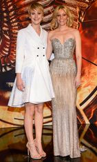 Jennifer Lawrence ja  Elizabeth Banks