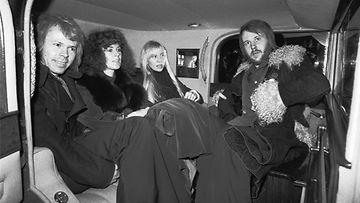 ABBA Helsingissä 1975: Björn Ulvaeus (vas.), Annifrid Lyngstad, Agneta Fältskog ja Benny Andersson.