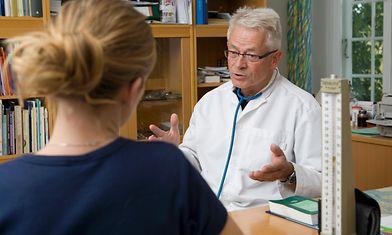 Kilpirauhasoireiden diagnosoinnissa säästetään ja emmitään - Studio55.fi