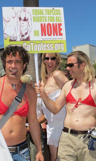 Kainsainvälinen yläosattomien päivä haluaa naisille samat oikeudet kuin miehillä on.