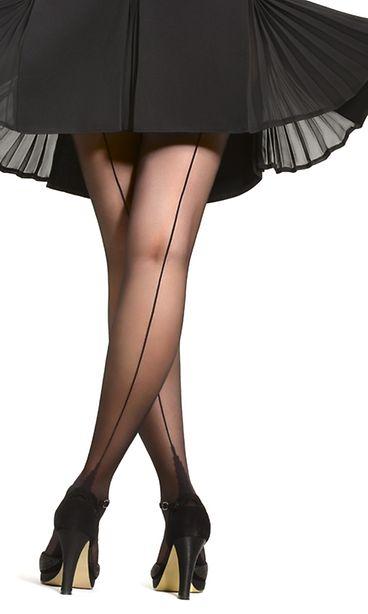 suku puoleen musta sukka housut